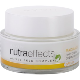 Avon Nutra Effects Radiance crema iluminadora de día SPF 20  50 ml