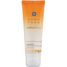 Avon True NutraEffects aufhellende, tönende Tagescreme SPF 20  50 ml