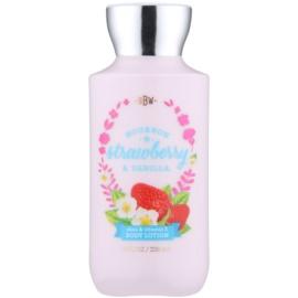 Bath & Body Works Bourbon Strawberry & Vanilla testápoló tej nőknek 236 ml