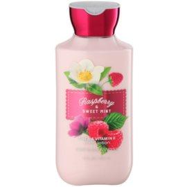 Bath & Body Works Raspberry & Sweet Mint tělové mléko pro ženy 236 ml