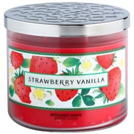 Bath & Body Works Strawberry Vanilla ароматизована свічка  411 гр