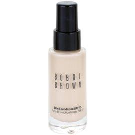 Bobbi Brown Skin Foundation vlažilni tekoči puder SPF 15 odtenek 0 Porcelain 30 ml