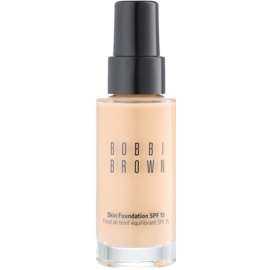Bobbi Brown Skin Foundation make up hidratant SPF 15 culoare 4 Natural 30 ml