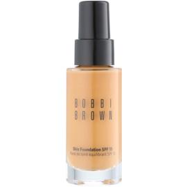 Bobbi Brown Skin Foundation hydratační make-up SPF 15 odstín 6 Golden 30 ml