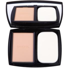 Chanel Vitalumiére Compact Douceur maquillaje compacto iluminador SPF 10 tono 20 Beige 13 g
