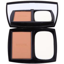 Chanel Vitalumiére Compact Douceur maquillaje compacto iluminador SPF 10 tono 50 Beige 13 g