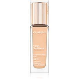 Clarins Face Make-Up True Radiance posvetlitveni in vlažilni tekoči puder za popoln videz SPF 15 107 Beige  30 ml