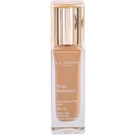 Clarins Face Make-Up True Radiance machiaj de stralucire si hidratare pentru un look perfect SPF 15 110,5 Almond  30 ml