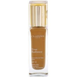 Clarins Face Make-Up True Radiance озаряващ хидратиращ фон дьо тен за съвършен вид SPF 15 113 Chestnut  30 мл.