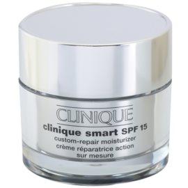 Clinique Clinique Smart™ dnevna vlažilna krema proti gubam za mastno kožo SPF 15  50 ml
