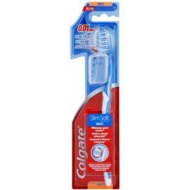 Colgate Slim Soft White cepillo de dientes con tapa de viaje suave