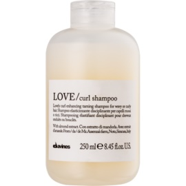 Davines Love Almond Shampoo For Wavy Hair  250 ml