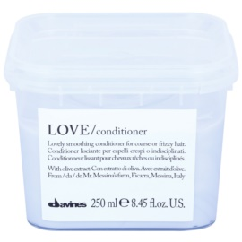 Davines Love Olive Smoothing Conditioner For Unruly And Frizzy Hair  250 ml