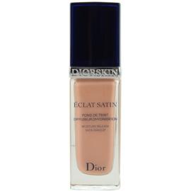Dior Diorskin Eclat Satin folyékony make-up árnyalat 402 Sable Rosé 30 ml