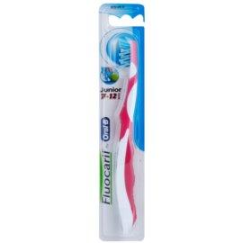 Fluocaril Junior 7-12 fogkefe gyermekeknek gyenge Pink