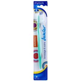 Inava Junior четка за зъби за деца с капачка за пътуване