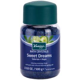 Kneipp Bath sól do kąpieli ułatwiająca zasypianie Sweet Dreams 500 g