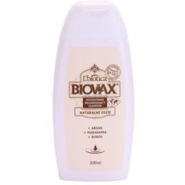 L'biotica Biovax Natural Oil Regenierendes Shampoo spendet Feuchtigkeit und Glanz  200 ml