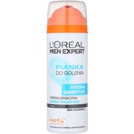 L'Oréal Paris Men Expert Hydra Sensitive pěna na holení bez alkoholu  200 ml