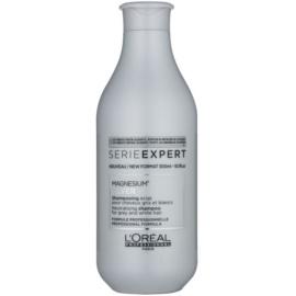 L'Oréal Professionnel Serie Expert Silver zilvershampoo neutraliseert gele Tinten  300 ml