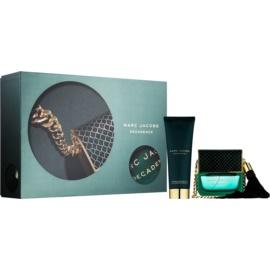Marc Jacobs Decadence darilni set III.  parfumska voda 50 ml + gel za prhanje 75 ml