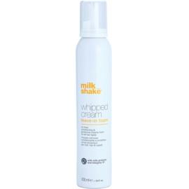 Milk Shake Whipped Cream vyživující ochranná pěna pro všechny typy vlasů  200 ml