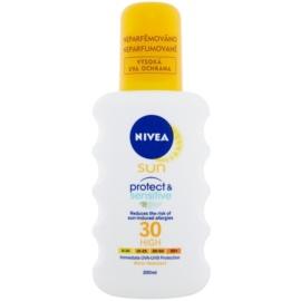 Nivea Sun Pure & Sensitive napozó spray SPF 30  200 ml
