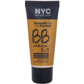 NYC Smooth Skin Bronzed Radiance bronzosító BB krém árnyalat 04 Light 30 ml