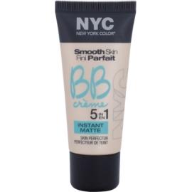 NYC Smooth Skin Instant Matte mattierende BB Creme Farbton 01 Light 30 ml