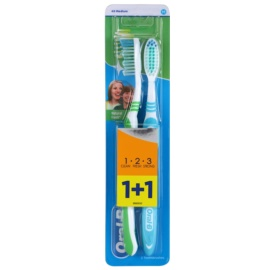 Oral B 1-2-3 Natural Fresh periuta de dinti Medium 2 pc Green & Light Blue