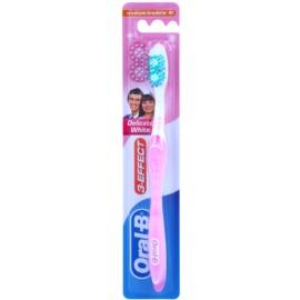 Oral B 3-Effect Delicate White zubná kefka medium Pink