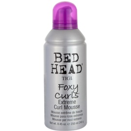 TIGI Bed Head Foxy Curls pěnové tužidlo pro vlnité vlasy  250 ml