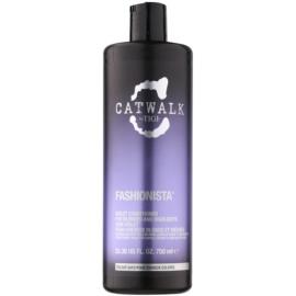 TIGI Catwalk Fashionista fialový kondicionér pro blond a melírované vlasy  750 ml