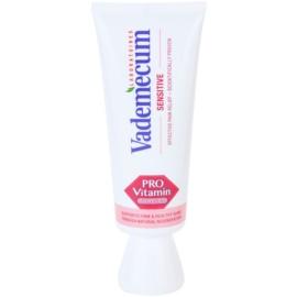 Vademecum Pro Vitamin Sensitive zobna pasta za občutljive zobe  75 ml