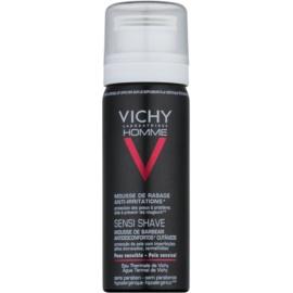 Vichy Homme Anti-Irritation pěna na holení pro citlivou a podrážděnou pleť  50 ml