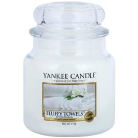 Yankee Candle Fluffy Towels Duftkerze  411 g Classic medium