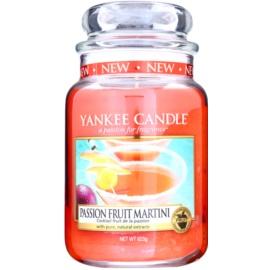Yankee Candle Passion Fruit Martini vonná sviečka 623 g Classic veľká