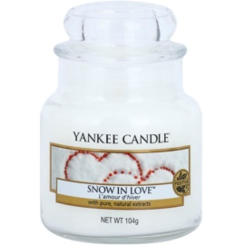Yankee Candle Snow in Love Scented Candle 104 g Classic Mini